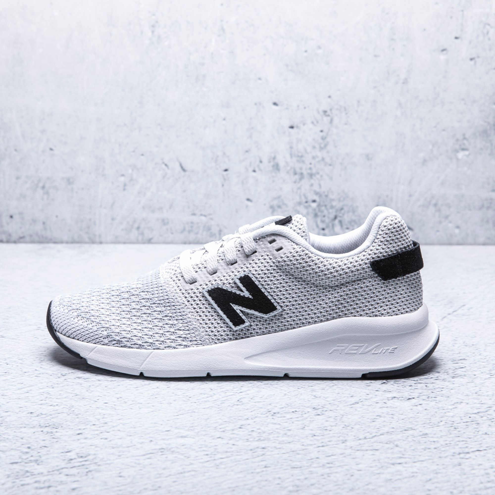 TENIS NEW BALANCE HOMBRE MS24DWG2 agaval