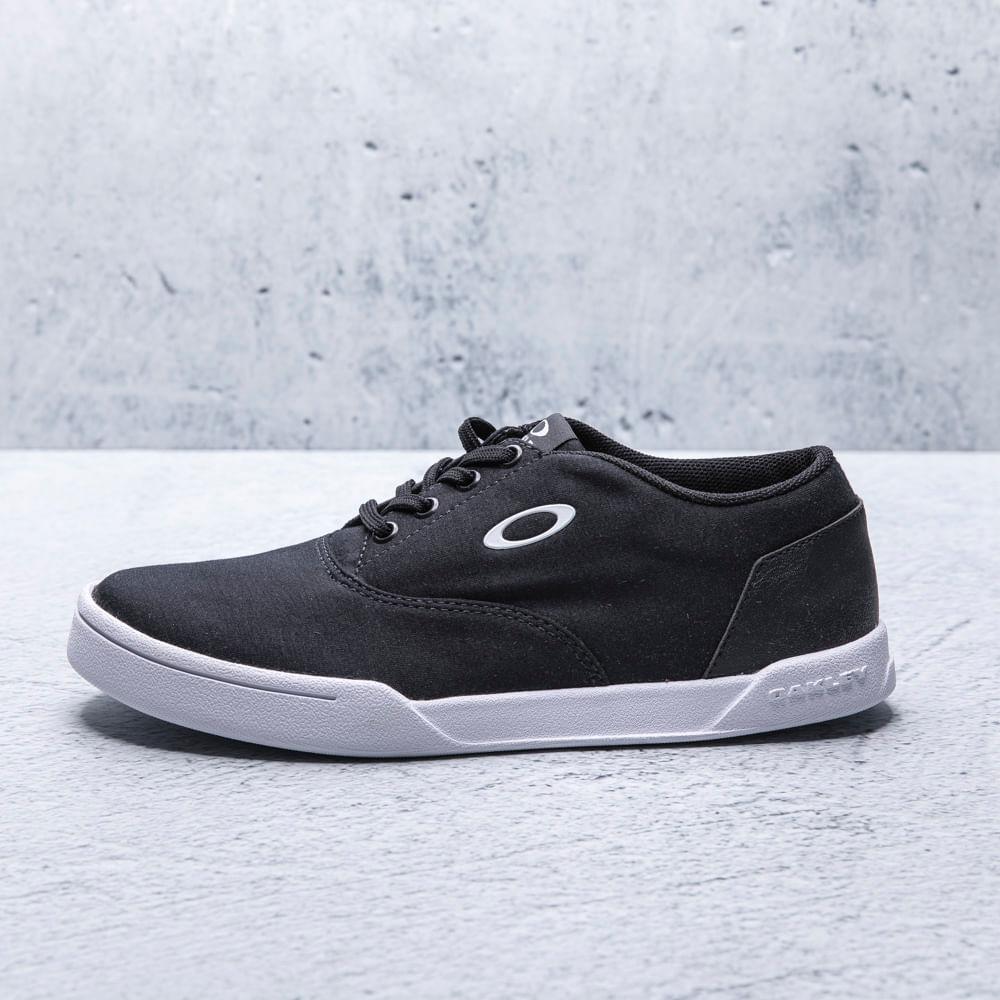 Tenis-Oakley-Hombre-13527BR-01K-DANAPOIN