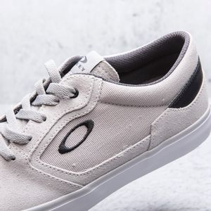 Tenis-Oakley-Hombre-13512BR-202